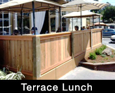 terrace_lunch
